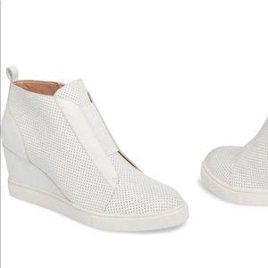 Linea Paolo Felicia wedge sneakers